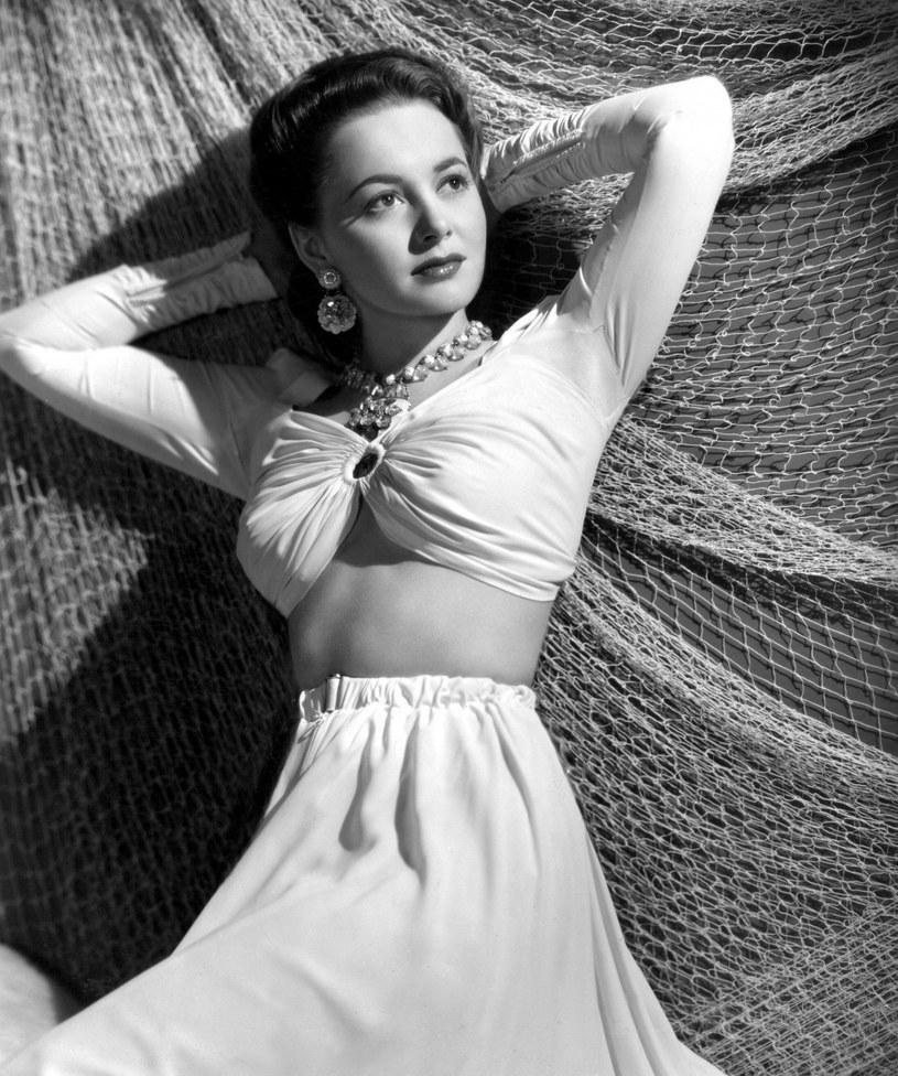 """Nie żyje Olivia de Havilland, dwukrotna laureatka Oscara i ostatnia żyjąca osoba z obsady """"Przeminęło z wiatrem"""". Miała 104 lata. Legenda Hollywood zmarła we śnie w swoim domu w Paryżu w sobotę, 25 lipca."""