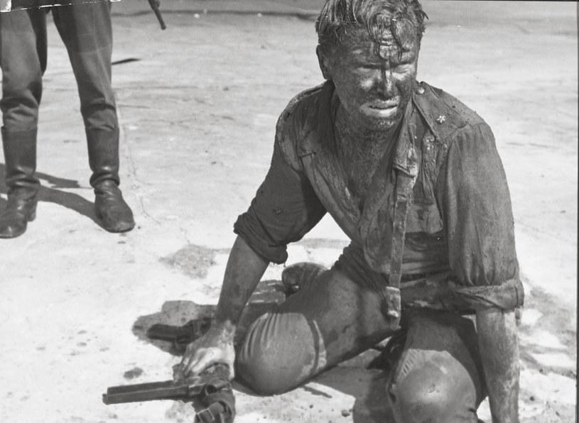 """Opowiadający o Powstaniu Warszawskim """"Kanał"""" Andrzeja Wajdy z 1957 roku zostanie zaprezentowany w sierpniu w Wenecji na przeglądzie odrestaurowanych dzieł światowego kina. Poprzedza on tegoroczną 77. edycję międzynarodowego festiwalu filmowego."""