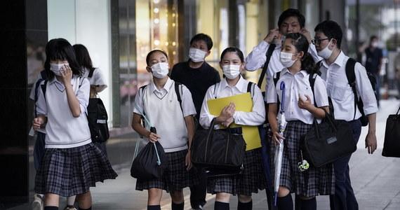 Pandemia koronawirusa jest bez wątpienia najgorszym kryzysem zdrowotnym, z jakim miała do czynienia Światowa Organizacja Zdrowia (WHO) - powiedział w poniedziałek jej szef Tedros Adhanom Ghebreyesus. Według wyliczeń Reutera SARS-CoV-2 zakaziło się dotąd ponad 16 mln osób.