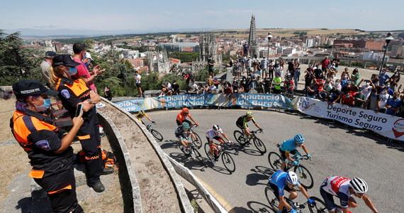 Austriak Felix Grossschartner z ekipy Bora-Hansgrohe wygrał w Mirador del Castillo pierwszy etap wyścigu kolarskiego Dookoła Burgos. Jego kolega klubowy Rafał Majka był zamieszany w kraksę, do której doszło ok. 50 km przed metą, ale finiszował w czołówce.