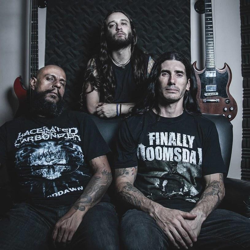 Deathmetalowcy z brazylijskiego Rebaelliun podpisali kontrakt z pilską Agonia Records i przygotowują nowy album.