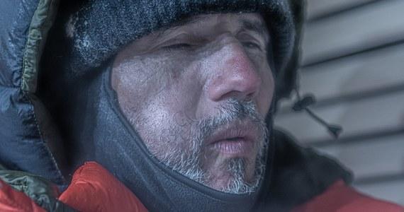 Dobę spędził na rowerze stacjonarnym Valerjan Romanovski, który zaczynał jazdę w specjalnie przystosowanej do tego komorze przy -170 stopniach C., a kończył w piekielnie nagrzanej saunie. W zmaganiach towarzyszył mu ekspert od survivalu Piotr Marczewski. Cel? Wprowadzenie organizmu w stan kontrolowanej hipotermii.