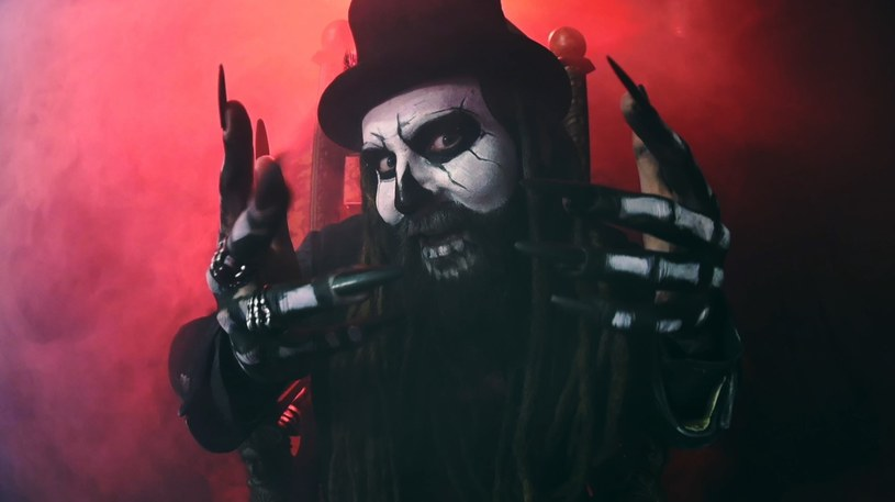 Wokalista Decapitated, Rafał Piotrowski, rozpoczął pracę nad nowym projektem - Lucy Burns. Już niedługo wydadzą pierwszy singel.