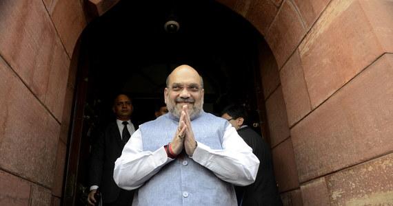 Minister spraw wewnętrznych Indii Amit Shah, który koordynował walkę z epidemią koronawirusa, trafił do szpitala. Rozpoznano u niego Covid-19. Shah uważany jest za jednego z najbardziej zaufanych współpracowników premiera Narendry Modiego.
