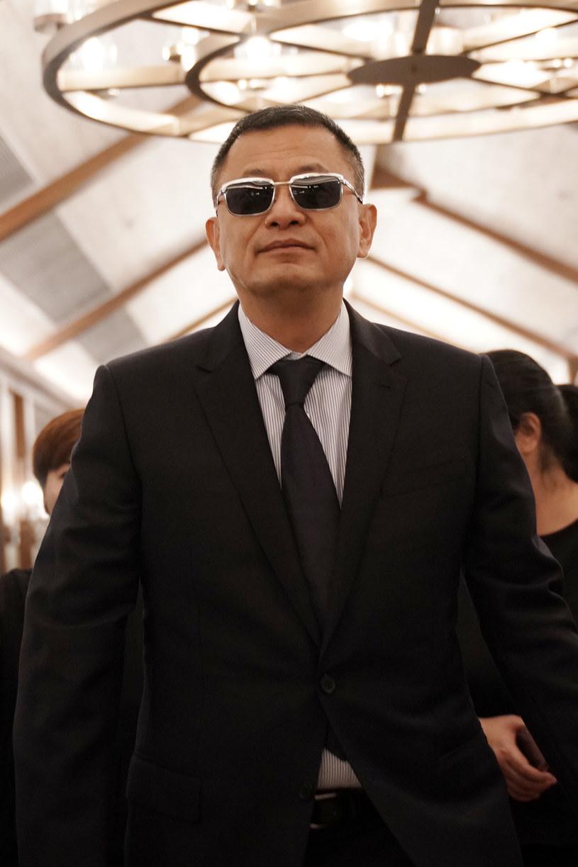 """Wong Kar-Wai, autor takich filmów jak """"Spragnieni miłości"""" czy """"Chungking Express"""", pracuje nad swoim pierwszym w karierze serialem. """"Blossoms Shanghai"""" Wonga Kar-Waia będzie telewizyjną adaptacją nagradzanej książki autorstwa Jina Yuchenga """"Blossoms""""."""