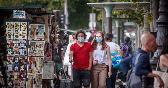 Maseczki w miejscach publicznych i kwarantanna po powrocie. Dodatkowe obostrzenia odstarszają turystów - RMF 24
