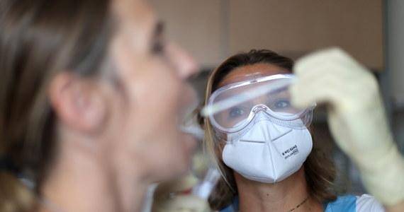 Tylko w ciągu ostatniej doby w Hiszpanii zanotowano 5760 nowych zakażeń koronawirusem - wynika z najnowszych danych tamtejszego resortu zdrowia. W tym samym czasie portugalskie służby medyczne potwierdziły 112 infekcji.