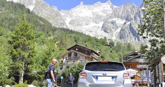 75 osób z 30 domów ewakuowano w czwartek w Dolinie Ferret we włoskich Alpach z powodu wysokiego ryzyka rozpadu lodowca w masywie Mont Blanc. Według ekspertów i lokalnych władz może tam runąć ponad pół miliona metrów sześciennych fragmentów lodowca.