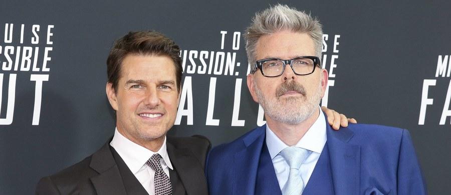"""Christopher McQuarrie - reżyser i scenarzysta filmu """"Mission: Impossible 7"""" wydał oświadczenie dotyczące kontrowersji związanych z możliwym przyjazdem filmowców do Polski i rozmowami na temat realizacji jednej z sekwencji na moście nad Jeziorem Pilchowickim. """"Nikt zaangażowany w produkcję nie zwrócił się o zgodę na zniszczenie historycznie ważnego zabytku w Polsce"""" - zapewnił w tekście opublikowanym przez magazyn """"Empire"""". """"Było jasne, że możemy zniszczyć tylko niebezpieczne części mostu, które muszą być odbudowane, a nie jego kamienne filary"""" - podkreślił. Jak dodał, wciąż ma nadzieję na przyjazd do Polski."""