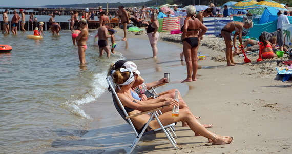 Został pobity rekord temperatury tego lata - 35 st. C pokazały termometry w Słubicach (woj. lubuskie) - poinformował w sobotę po południu Instytut Meteorologii i Gospodarki Wodnej.