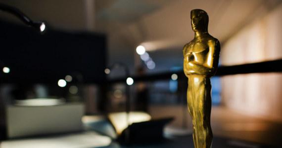 """W poniedziałkowe popołudnie poznamy tytuł filmu, który będzie reprezentował polską kinematografię w walce o nominację do Oscara dla najlepszego filmu międzynarodowego. Decyzję w tej sprawie podejmie sześcioosobowa komisja, której przewodniczącym został Jan A.P. Kaczmarek - laureat Oscara za muzykę do filmu """"Marzyciel""""."""