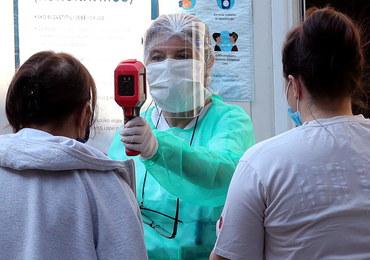 Już ponad 20 mln zakażeń koronawirusem na świecie. Liczba infekcji rośnie w coraz szybszym tempie