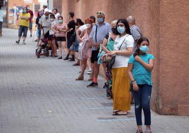 Hiszpania: Pomniki ofiar epidemii zniszczone. Sprawcami osoby negujące istnienie COVID-19?