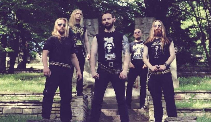 Deathmetalowcy z poznańskiego Cancerfaust odliczają już dni do premiery pierwszej płyty.
