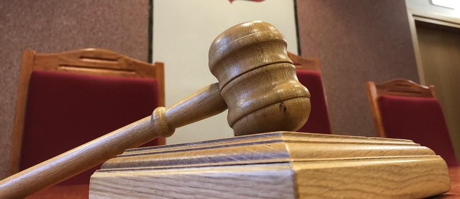 Izba Dyscyplinarna Sądu Najwyższego prawomocnie uchyliła immunitet bydgoskiemu sędziemu Jakubowi K., który miał się dopuścić gwałtu. Prokuratura będzie mogła postawić mu teraz zarzuty. Nie ma jednak zgody na ewentualny tymczasowy areszt.