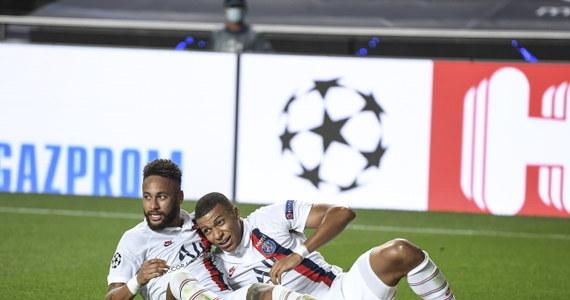 Piłkarze Paris Saint-Germain pokonali w Lizbonie Atalantę Bergamo 2:1 (0:1) w ćwierćfinale Ligi Mistrzów. Jeszcze w 89. minucie spotkania przegrywali 0:1. W kolejnej rundzie zmierzą się z RB Lipsk lub Atletico Madryt.