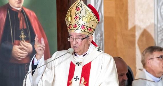 Metropolita gdański biskup Leszek Sławoj Głódź odchodzi na emeryturę. Jego rezygnację z urzędu ordynariusza diecezji przyjął papież Franciszek. Biskup kończy dzisiaj 75 lat.