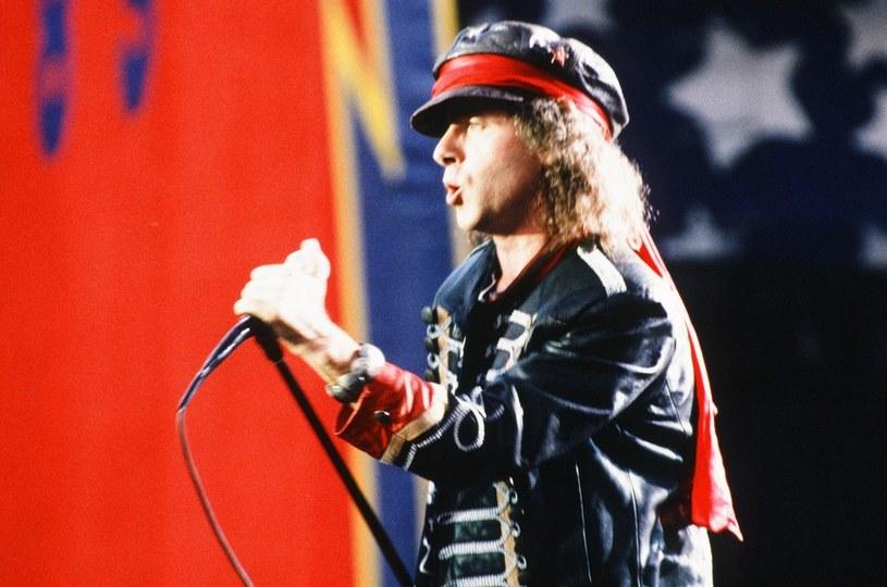 """3 października do sprzedaży trafi zaledwie 2020 egzemplarzy limitowanego deluxe boxu """"Wind of Change: The Iconic Song"""" grupy Scorpions."""