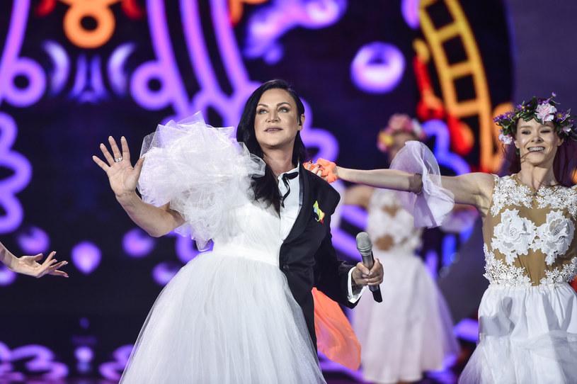 Podczas pokazywanego przez Polsat Festiwalu Weselnych Przebojów Kayah ponownie wystąpiła w obronie ludzi LGBT+.