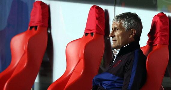 Quique Setien nie jest już trenerem piłkarzy Barcelony - poinformował klub ze stolicy Katalonii. 61-letni szkoleniowiec został zwolniony ze względu na słabe wyniki zespołu. Według mediów jego następcą będzie Holender Ronald Koeman.