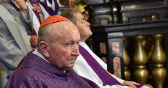 Kardynał Marian Jaworski, emerytowany metropolita lwowski, trafił do szpitala. Archidiecezja Krakowska zaapelowała o modlitwę w jego intencji.