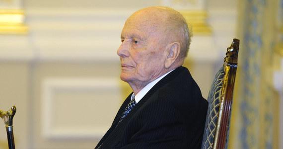 W wieku 101 zmarł Borys Paton, ukraiński inżynier-metalurg, który przez wiele lat stał na czele Narodowej Akademii Nauk Ukrainy (NANU) - poinformował w środę prezydent Ukrainy Wołodymyr Zełenski. Jako pierwszy w historii otrzymał on tytuł Bohatera Ukrainy.
