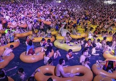 """Chińskie media bronią festiwalu w Wuhanie. """"Życie wróciło do normy"""""""