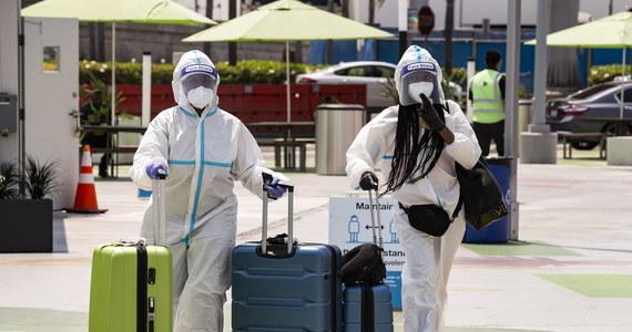 Do początku grudnia na Covid-19 może umrzeć w USA prawie 310 tysięcy osób. Takie przewidywania zaprezentowali w najnowszej, zaktualizowanej prognozie naukowcy z uniwersytetu w Seattle w stanie Waszyngton.