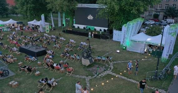 Poznaliśmy laureatów Grand Prix Kraków International Green Film Festival. Ceremonia rozdania nagród odbyła się w Miasteczku Festiwalowym na Bulwarach Wiślanych.