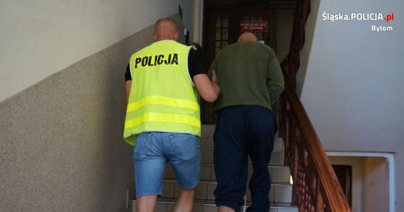 Maseczka ochronna zarzewiem konfliktu między dwoma mężczyznami w Bytomiu. Skończyło się na ataku nożem i ciężkich obrażeniach u jednego z nich. Drugi usłyszał natomiast zarzut usiłowania zabójstwa.