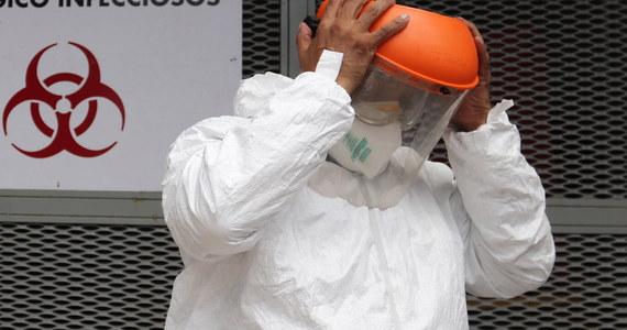 W ciągu doby do środy rano w Szwajcarii wraz z Liechtensteinem zarejestrowano 383 nowe potwierdzone przypadki nosicielstwa koronawirusa, czyli więcej niż kiedykolwiek przez 24 godziny od kwietnia - poinformował szwajcarski Federalny Urząd Zdrowia (BAG).