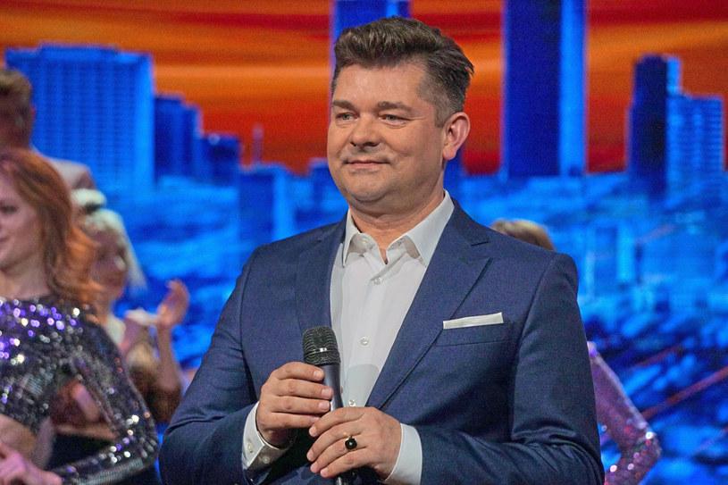 Zenek Martyniuk zdecydował się skomentować plotki dotyczące jego problemów w TVP z powodu kontrowersyjnych zachowań jego syna, Daniela.