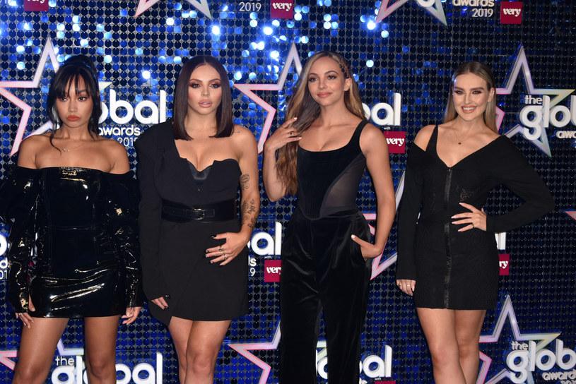 """Do sieci trafił nowy klip grupy Little Mix. W """"Holiday"""" wokalistki wcieliły się w rolę syren."""