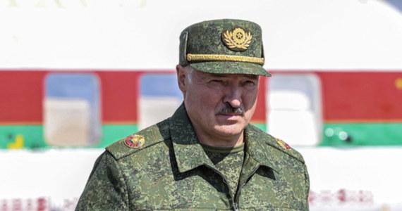 Białoruski reżim coraz ostrzej atakuje słownie Polaków i oskarża o chęć dokonania inwazji. Coraz bardziej realna staje się obawa, że Polacy mieszkający na Białorusi mogą stać się celem represji.