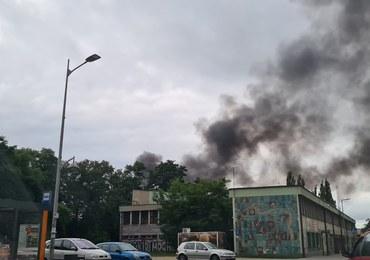 Duży pożar w Andrychowie. Palił się dach hali fabrycznej