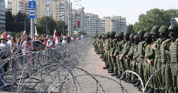 Od zatrzymań protestujących studentów rozpoczął się na Białorusi rok akademicki. 1 września, w Dniu Wiedzy, na uniwersytety powrócili studenci. Niektórzy z nich nowy rok nauki zaczęli od wyjścia na demonstrację w obronie wolnych wyborów.