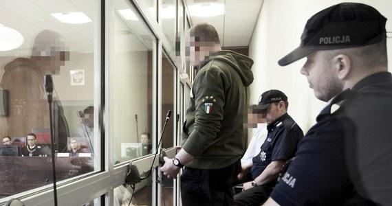 Kary dożywocia dla Ireneusza M. i 25 lat więzienia dla Norberta B. zażądał we wtorek prokurator dla oskarżonych o gwałt i zabójstwo 15-latki w Miłoszycach w 1996 r. Za tę zbrodnię pierwotnie został niesłusznie skazany Tomasz Komenda - uniewinniony po 18 latach.