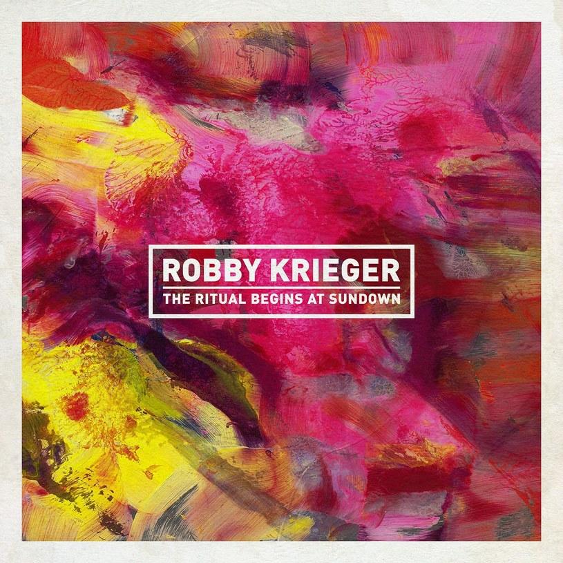 Krieger wydaje sobie płytę co dziesięć lat. I może wydawać je w takim trybie aż do końca świata, bo ten najnowszy rytuał, to fajny rytuał, nie udający, że jest czymś więcej niż jest. Jazzowym comfort food.
