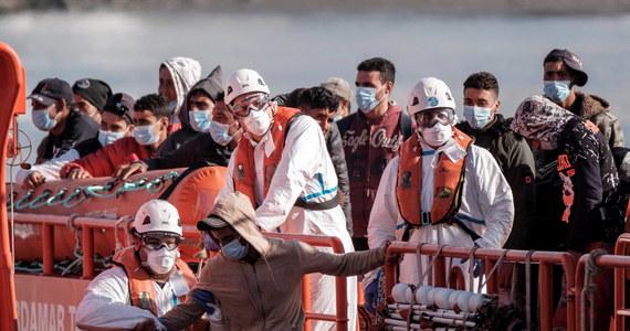 Od stycznia do sierpnia 2020 r. na Wyspy Kanaryjskie dotarło o 550 proc. więcej nielegalnych migrantów, niż w takim samym okresie przed rokiem - wynika z przedstawionych w środę szacunków Międzynarodowej Organizacji ds. Migracji (IOM).