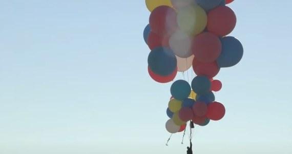 Iluzjonista David Blaine zrealizował kolejne marzenie. Przeleciał nad Arizoną, używając 52 balonów z helem. Amerykanin stopniowo wyrzucał małe ciężarki, aby przyspieszyć wznoszenie - ostatecznie osiągnął wysokość prawie 7620 metrów. Potem swobodnie spadał przez blisko 30 sekund. Otworzył spadochron i bezpiecznie wylądował.