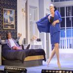 Elżbieta Romanowska: Striptiz na scenie