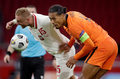 """Euro 2020. Wyjątkowa rola Virgila van Dijka w kadrze Holandii. """"Zespół kocha jego obecność"""""""