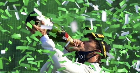 Francuz Pierre Gasly z zespołu Alpha Tauri wygrał na torze Monza wyścig Formuły 1 o Grand Prix Włoch. To jego pierwszy triumf w karierze.