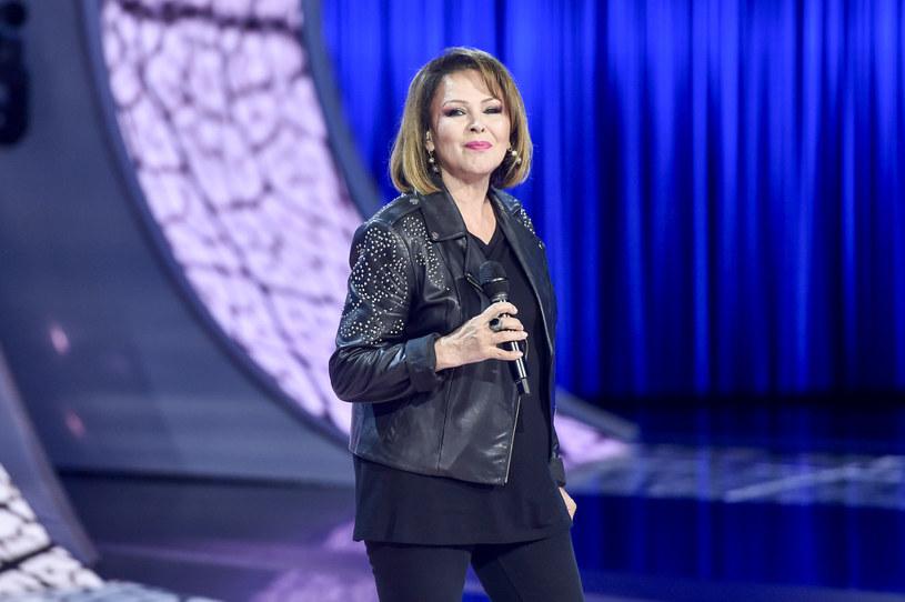 """Izabela Trojanowska zasiadała w fotelu trenera """"The Voice Senior"""", jednak w najnowszym sezonie nie pojawi się w tej roli. Wokalistka wyjaśniła, dlaczego nie zobaczymy jej w programie."""