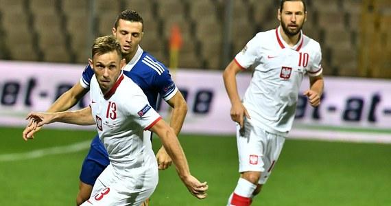 Reprezentacja Polski zwyciężyła z Bośnią i Hercegowiną w meczu piłkarskiej Ligi Narodów, który odbył się w Zenicy. Gospodarze mocno zaczęli, ale pod koniec pierwszej połowy biało-czerwonym udało się wyrównać. W drugiej odsłonie decydującą bramkę strzelił Kamil Grosicki.