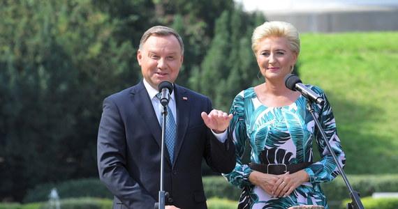 Andrzej Duda, Mateusz Morawiecki i Rafał Trzaskowski - to pierwsza trójka polityków z najwyższym zaufaniem Polaków. Prezydent notuje rekordowy wynik w historii pomiarów IBRiS dla Onetu.