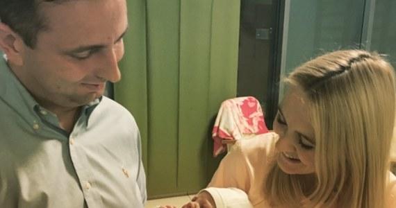 Prezes PSL Władysław Kosiniak-Kamysz opublikował na Twitterze zdjęcie z żoną i nowo narodzoną córką Różą. W komentarzach posypały się gratulacje.