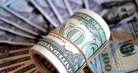 73-letni emeryt z Linzu w Austrii dostał czek na 1200 dolarów. Jak się okazało, omyłkowo wysłany do niego przez amerykański rząd w ramach programu stymulującego gospodarkę USA. Takich przypadków ma być w tym alpejskim kraju co najmniej kilkadziesiąt.