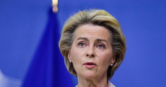 Jestem bardzo zaniepokojona oświadczeniami rządu brytyjskiego o zamiarze złamania umowy o wystąpieniu Wielkiej Brytanii z UE - napisała w środę na Twitterze przewodnicząca Komisji Europejskiej Ursula von der Leyen.