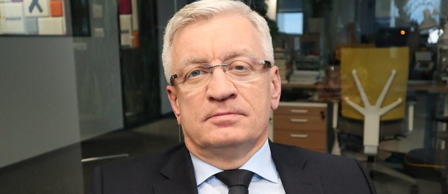 """""""Uważam, że w tej chwili powinien nastąpić rebranding Platformy Obywatelskiej"""" – powiedział w TVN 24 prezydent Poznania Jacek Jaśkowiak. """"Powinno nastąpić coś na kształt federacji, która by obejmowała Platformę, Nowoczesną, formację Barbary Nowackiej, ale również Zielonych i do tego również powinni dołączyć samorządowcy"""" - dodał."""